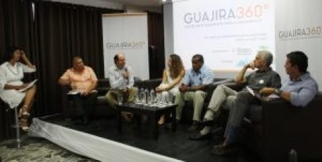 Un panel en el cual participaron los presidentes de las compañías fundadoras, el