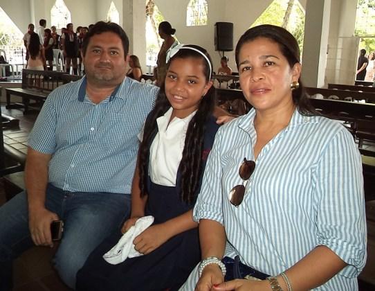 Luz Elena Rumbo, Yonni Caicedo y Tamara Caicedo Rumbo.