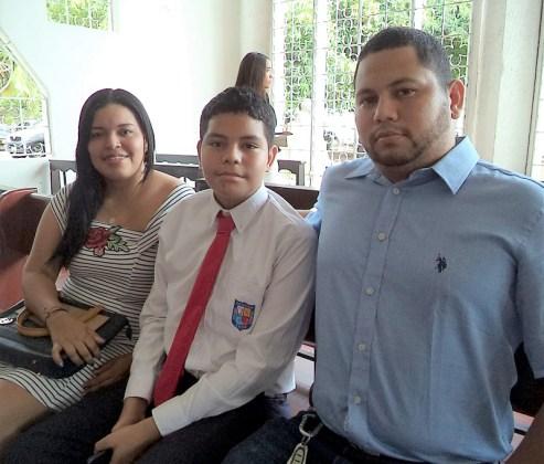 Rodrigo Brochero, Ricardo Brochero Olave y Johana Olave.