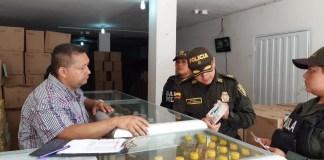 Con diversas actividades, el Gaula de la Policía llega al comercio de Riohacha.