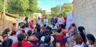 Aspecto de la socialización en el barrio La Luchita de Riohacha.