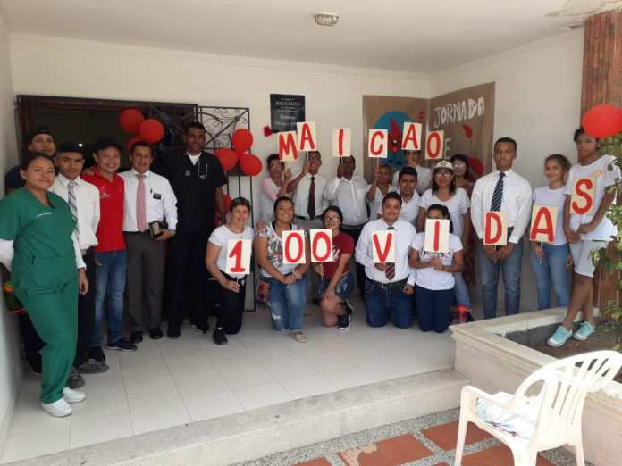 Varios fueron los donantes de sangre que acudieron al sitio dar uno y hasta dos pintas.