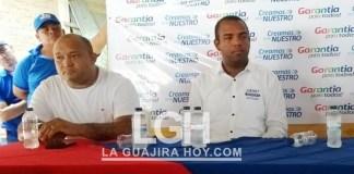 Aspecto de la protocolización del acuerdo, entre Jimmy Boscán y Orlando Ruiz, gerente de la campaña Hilber Pinto.