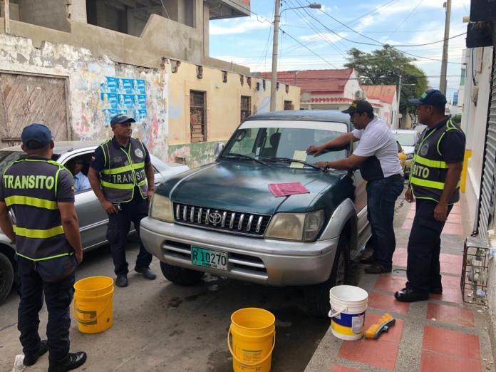 Aspecto del operativo que se realizó en la tarde de este miércoles en el Centro Histórico de Riohacha.