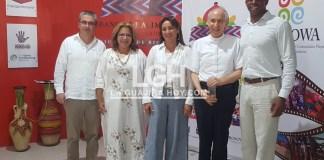 En el Banco de Alimentos de La Guajira estuvieron de visita los directivos de Chevron Colombia; José Palacios, Patricia Serrano, junto al presidente Marc Payne, junto a Rebecca Badillo, gerente del Banco de Alimentos.