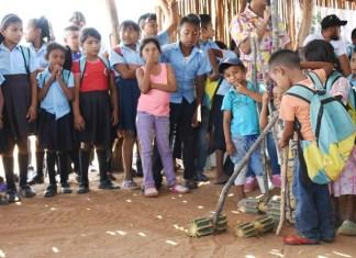 Los wayúu celebraron su cultura con cantos, juegos autóctonos y música, la comunidad Yotojoloin se congregó para celebrar su cultura.