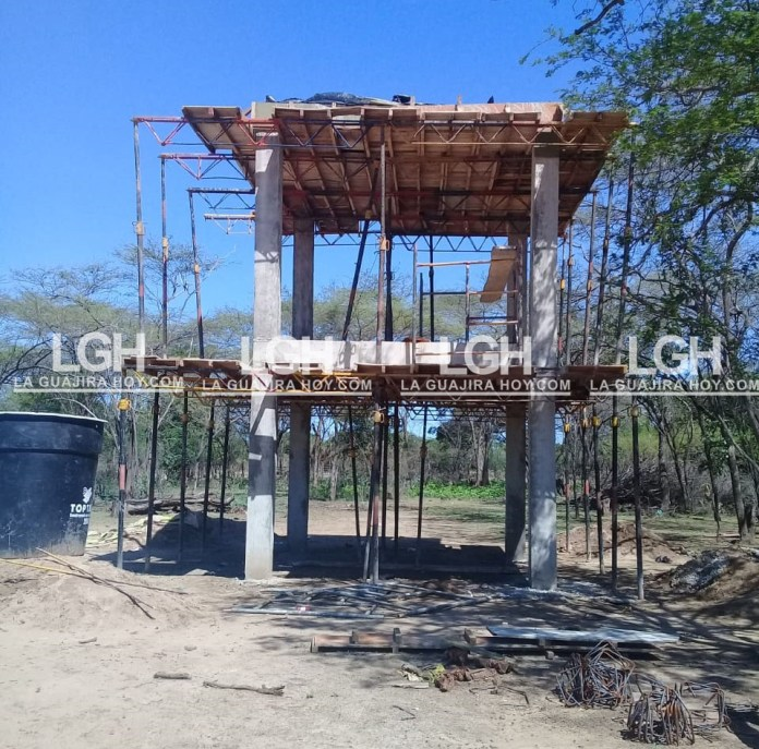 Varios son los proyectos que se realizan simultáneamente en la zona rural de Riohacha y que busca llevarle agua a las comunidades marginadas e indígenas del distrito.