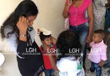 Muchos niños fueron atendidos en la brigada de salud realizada en Barrancas.