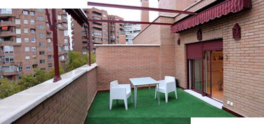 lo que ana quera era un espacio cmodo bonito y fcil de cuidar pero sobre todo un jardn en la terraza donde disfrutar del exterior que para eso se
