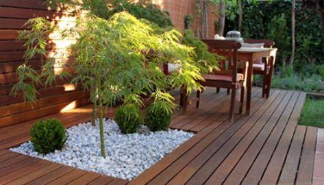 Jard n de dise o con ampliaci n de porche la habitaci n for Decoracion jardin grava
