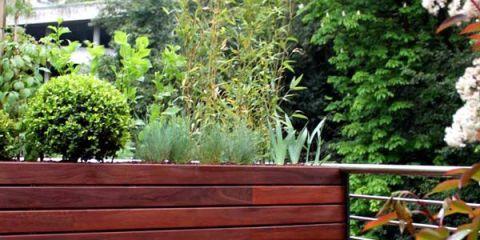 Especial decorar y reformar terrazas: cómo ajardinar petos y barandillas