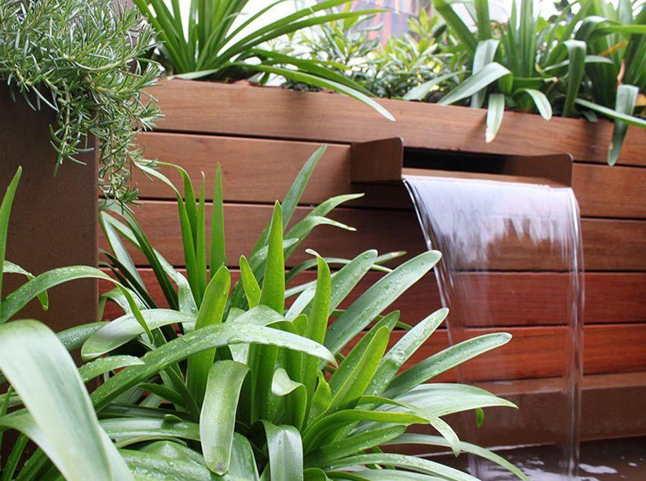 Fuente para jardín de lámina