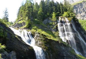 cascade pleureuse sauffaz sixt haute-savoie Alpes