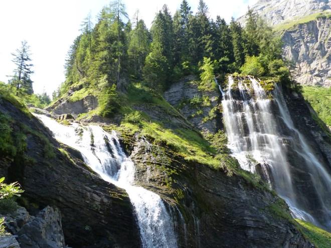 cascade pleureuse sauffraz sixt haute savoie Alpes