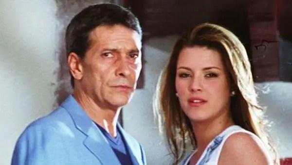 Juan Ferrara y sus 9 damiselas de telenovela