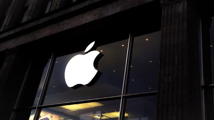 Apple criticized