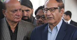 Nawaz Sharif to tell who is hatching conspiracies : Ch Shujaat Hussain