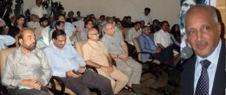 Ch Javed Elahi  addressing a seminar