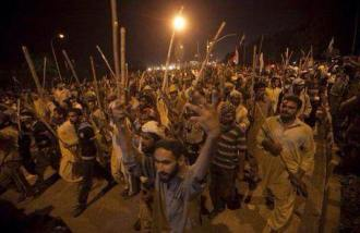 PAT workers moving towards PM House