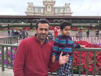 ahmad-waleed-with-his-son-afroz-waleed