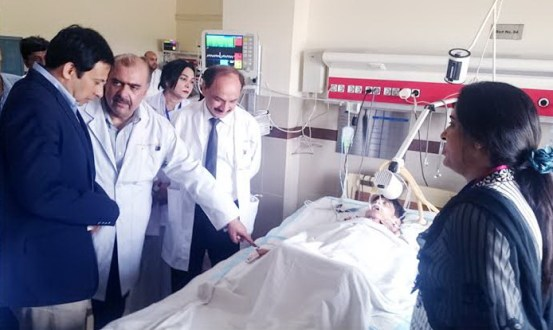 Secretary Health inquires after the patients at Children Hospital