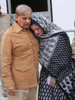 NAB arrest Opposition leader Shahbaz Sharif