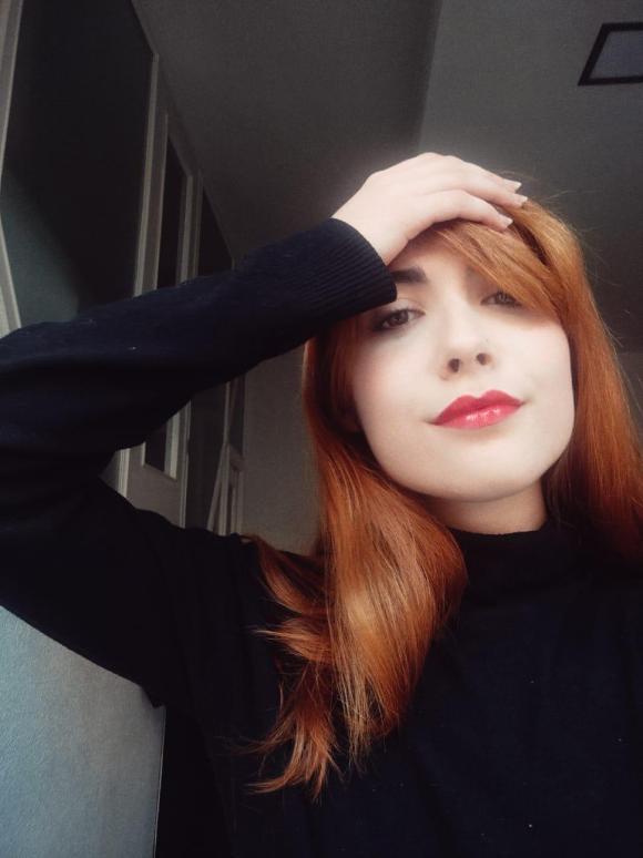 foto perfil violeta