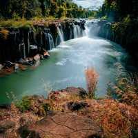 Paksé: Der teuerste Wasserfall