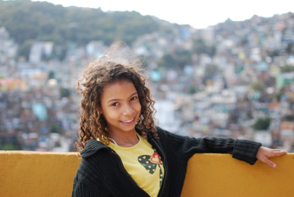 Milena is twelve years old. Her favorite class is science and she likes to go to the cinema and take photos. She wants to be a television presenter when she grows up.
