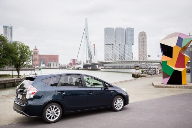 Toyota Grand Prius + Rotterdam