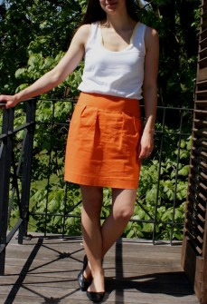 Me Made May, jupe orange (patron maison) et blouse d'après le patron du débardeur Dressing chic