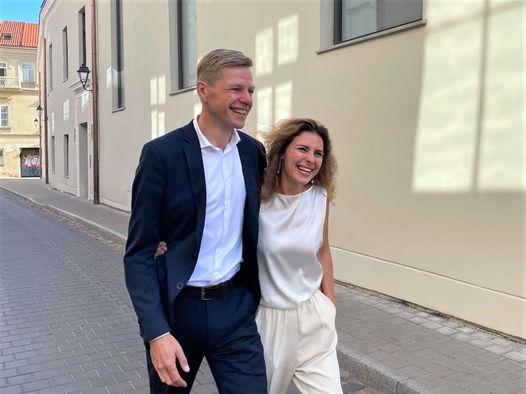 Trečią R. Šimašiaus žmoną Vilnius užpylė miesto pinigais