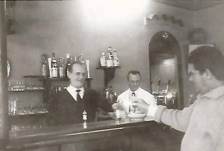 MM. PASTORE, THIBON et le Peintre ANTONINI
