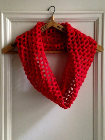 red triangle cowl: la jasmina