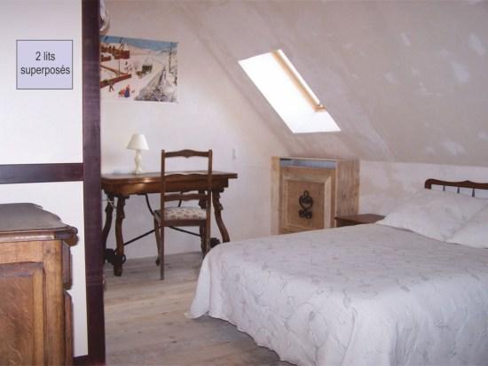 Chambre 2 avec inscription lits Bien