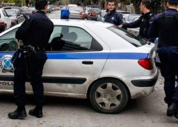 Trafikonin kokainë dhe kanabis në Athinë