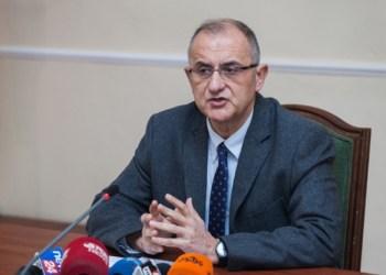 Petrit Vasili: 7 xhuxhat në qeveri gajasën dynjanë