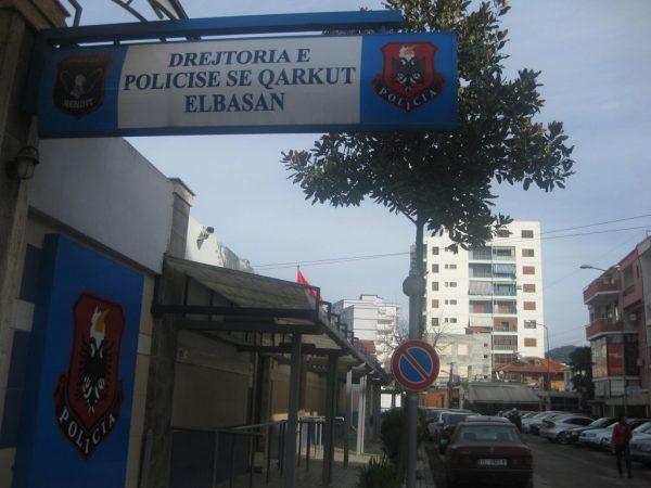 Elbasan/ Të dehur në timon e pa dokumente