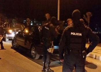 Çfarë po ndodh? Tiranë/ Qëllohet me armë ndaj një automjeti