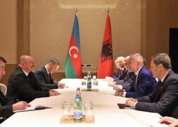 Meta me homologun e Azerbajxhanit: Të hiqen vizat për shqiptarët