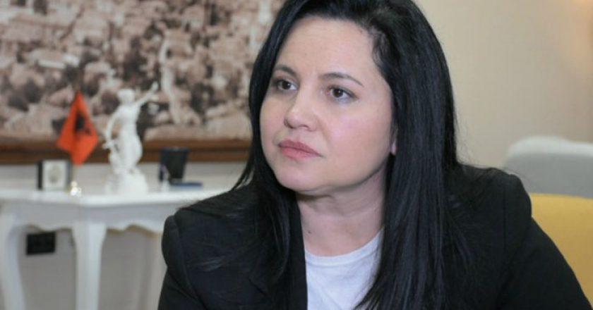 Si u zbulua Rovena Voda/ Ish-zv/ministrja në arrest shtëpie sepse mori 2 mijë euro për punësim në shtet
