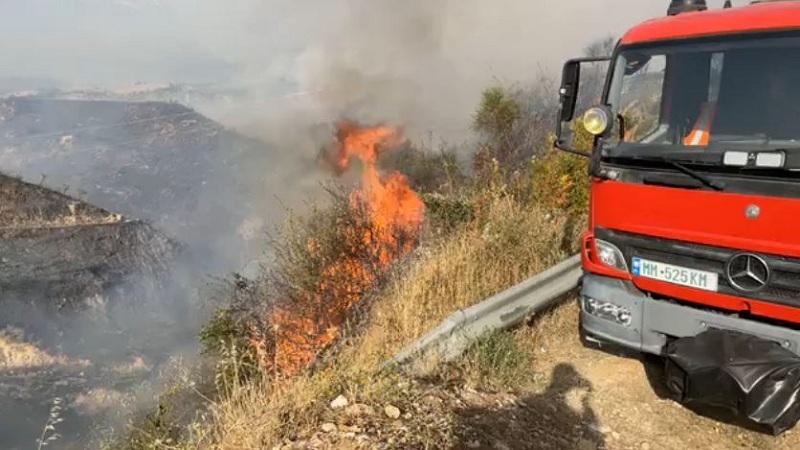 Zjarrvënie e qëllimshme në Vlorë e Sarandë