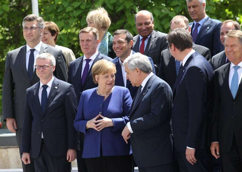 eu-western-balkans-summit-family-photo_42121986712_o