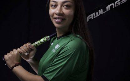 Stefanía Aradillas, atleta de la selección mexicana de softbol en Tokio. Foto Twitter @DeporteCDMX