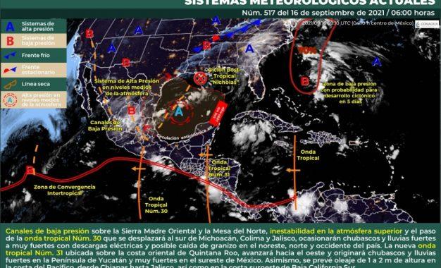 El SMN explicó que las precipitaciones podrían acompañarse de descargas eléctricas, vientos fuertes y caída de granizo en algunos estados. Foto tomada de Twitter @conagua_clima