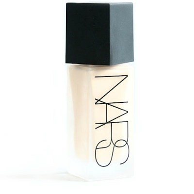 All day luminous, de NARS