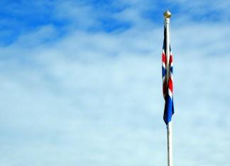 introduction-islande-drapeau-une