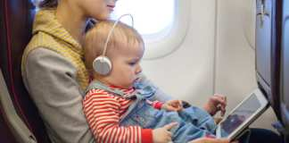 survivre-bébé-avion-une