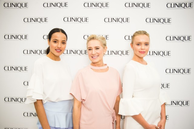 clinique-jean-coutu-trio-mannequins