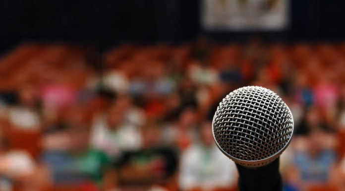 5 spectacles d'humour en juillet